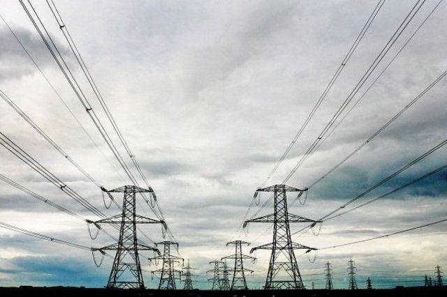 تنوع تعرفه های برق اصلاح شود/ مشکل نقل و انتقال بانکی حل نشد