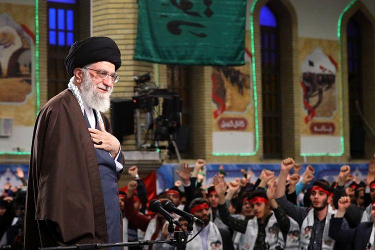 علت ایجاد جنگ هشت ساله ترس قدرتهای جهانی از اثرگذاری انقلاب اسلامی بود/ نسل جوان امروز برای عقبراندن دشمن از نسل اول آمادهتر است
