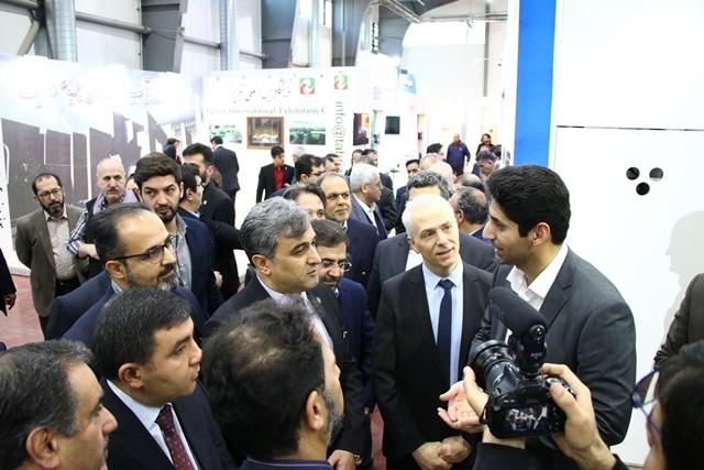 حضور سرپرست شرکت سهامی نمایشگاه بین المللی تهران در غرفه اتاق تعاون ایران